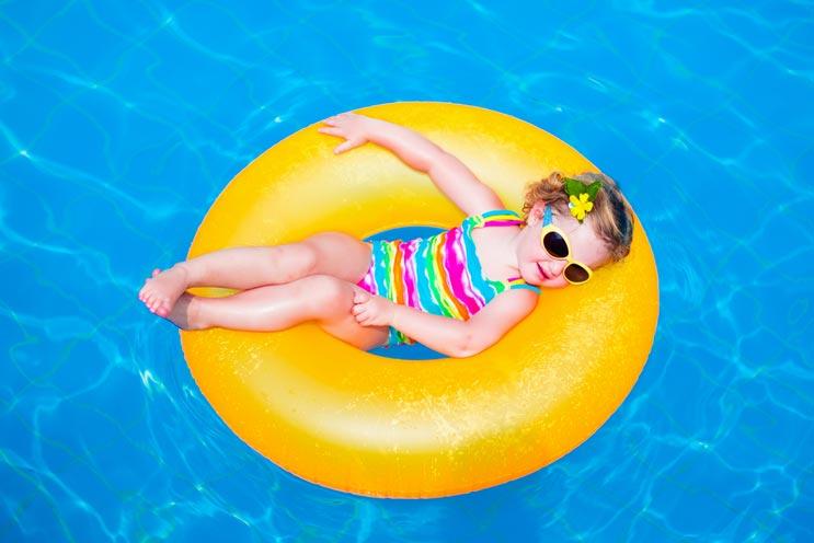 6 cosas importantes que debes saber sobre el cloro para piscinas-MainPhoto