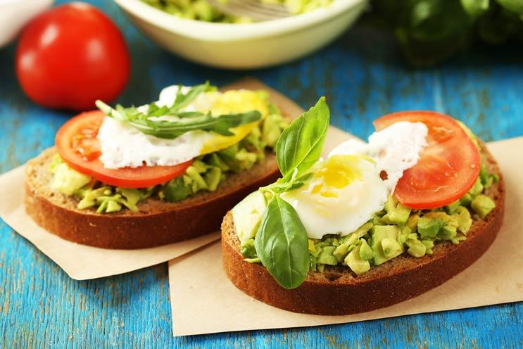 Recetas modernizadas de pan tostado con aguacate 10 nuevas formas de hacer más interesante a esta combinación-MainPhoto