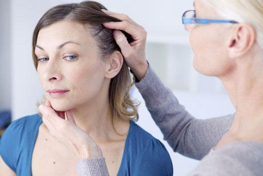 Aviso-La-verdad-sobre-los-la-calvicie-y-la-pérdida-del-cabello-en-mujeres-Photo4