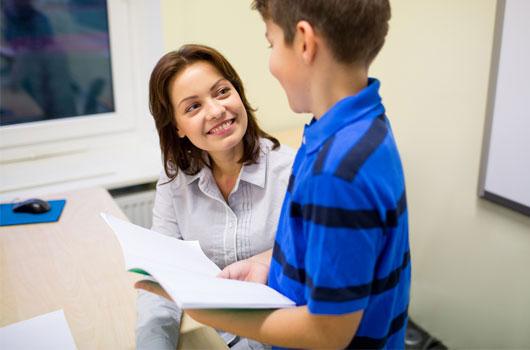 Comunicación-padres-con-profesores-8-maneras-de-comenzar-con-el-pie-derecho-este-año-escolar-Photo4