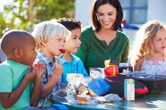 Comunicación-padres-con-profesores-8-maneras-de-comenzar-con-el-pie-derecho-este-año-escolar-Photo6