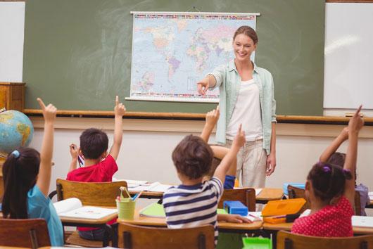 Comunicación-padres-con-profesores-8-maneras-de-comenzar-con-el-pie-derecho-este-año-escolar-Photo8