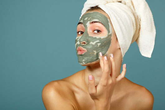 MultiMasking-La-nueva-tendencia-de-belleza-en-mascarillas-de-barro-Photo2