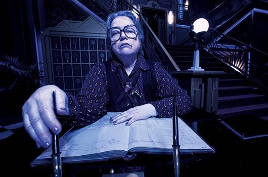 10-formas-en-que-los-episodios-de--American-Horror-Story-celebran-a-todas-las-mujeres-Photo10