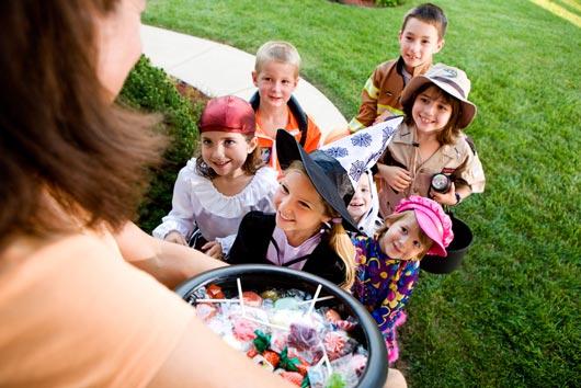 Dulces saludables de Halloween Truco o trato en el año de las dietas sin azúcar-MainPhoto
