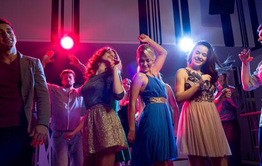 10-razones-para-ir-a-un-discoteca-por-lo-menos-una-vez-al-año-Photo9