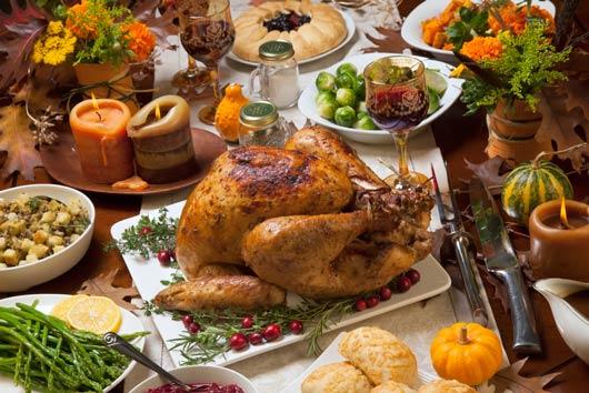 Porciones de cena de Día de Acción de Gracias-MainPhoto