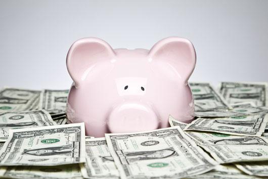 Tu-cuenta-bancaria-Cuándo-está-bien-sacar-de-tus-ahorros-Photo4