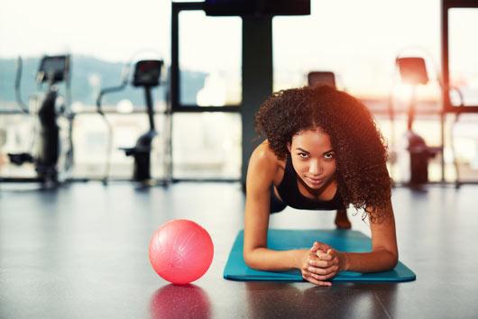 Cómo personalizar tu rutina de ejercicio de acuerdo a las necesidades específicas de tu cuerpo-MainPhoto