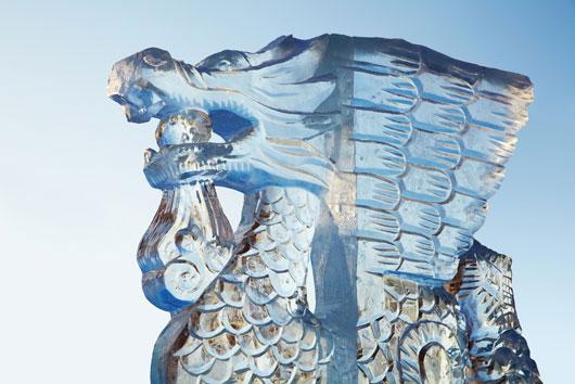 Snowshoeing-tallar-hielo-y-otras-actividades-excéntricas-para-hacer-este-invierno--Photo2