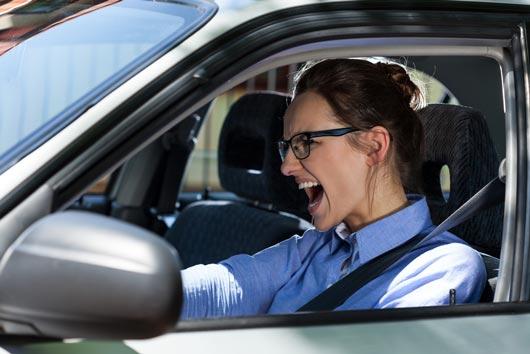 Conducción agresiva Cómo enfrentar tu violencia vial de una vez por todas-MainPhoto