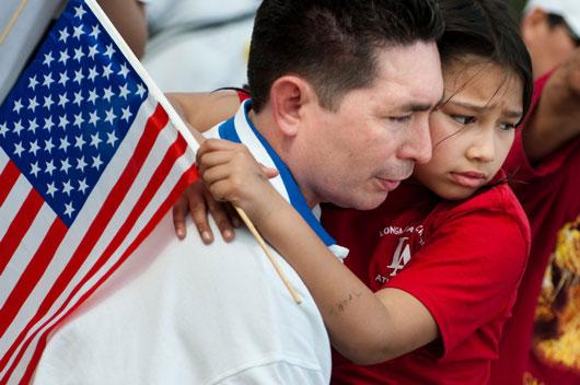 Noticias-de-inmigración-10-razones-por-las-que-los-latinos-deben-de-alzar-la-voz-para-apoyar-a-todos-los-inmigrantes-Photo8
