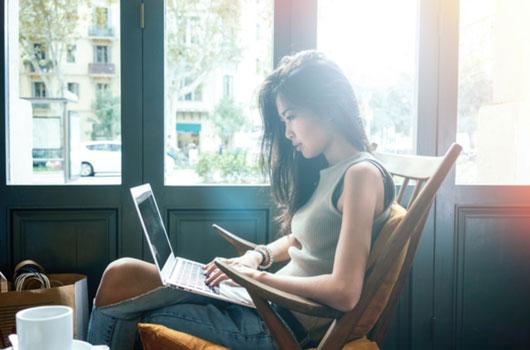 Saludos-cordiales-Vs-Atentamente-tips-para-escribir-el-cierre-de-un-email-Photo02