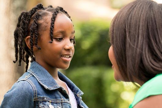 La crianza de los hijos hablándoles como si fueran adultos-MainPhoto