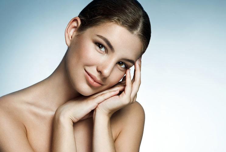 Éxito-en-el-cuidado-de-la-piel-Cómo-mantenerla-impecable-este-verano-MainPhoto