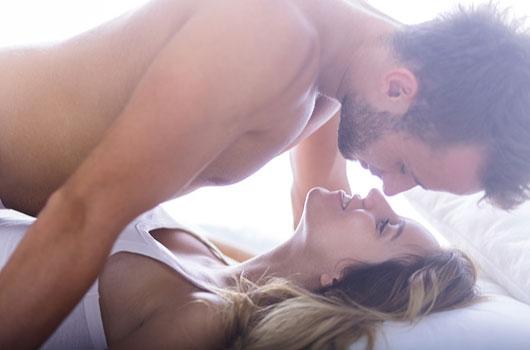 Lengua-sabia-Cómo-hablarle-sucio-a-tu-pareja-en-la-cama-a-la-hora-del-sexo-MainPhoto