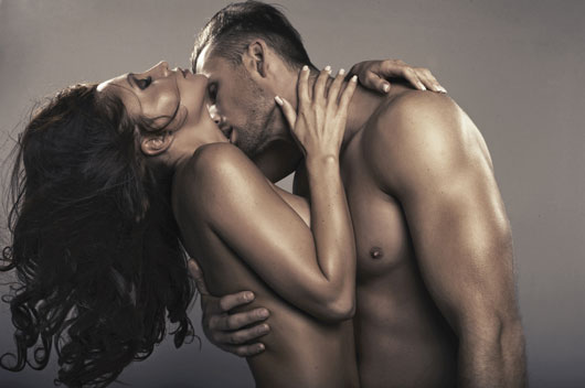 10-Fantasías-sexuales-de-los-hombres-que-puedes-cumplir-Photo1