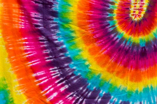 Crafty-Chica's-Tips-to-Tie-Dye-MainPhoto