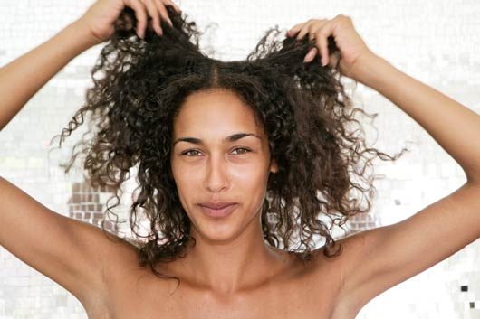 Hair-Do's-&-Don'ts-Curls-and-Frizz-MainPhoto