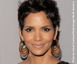 Eye Beauty for Fall-Halle Berry