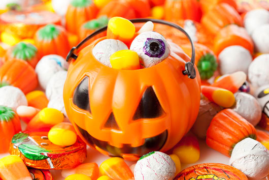 Halloween-Candy-Consumption-Kids-Prefer-Chocolate-MainPhoto