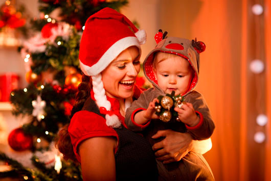 Christmas-&-The-Single-Mom-MainPhoto