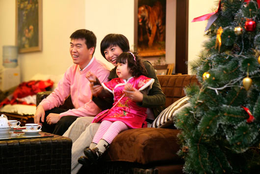 Holiday-Movies-and-TV-Specials-for-The-Whole-Family-MainPhoto