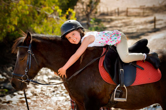 Horseback-Riding-Lessons-with-Mom-MainPhoto