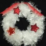 Make a Gorgeous Christmas Wreath Using Sandwich Bags