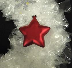 Make a Gorgeous Christmas Wreath Using Sandwich Bags