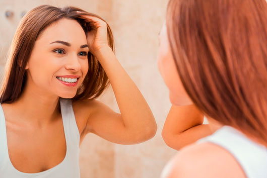 What-Our-Skin-Reveals-About-Reproductive-Health-MainPhoto