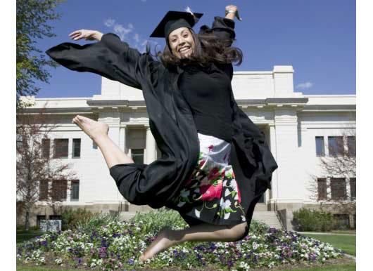 MIT-Bound-Latina-Wants-Latino-Students-to-Beat-the-Odds-MainPhoto