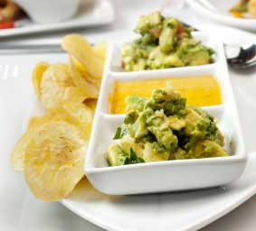 Valpone-Sweet Spicy Chips Guac-Photo2