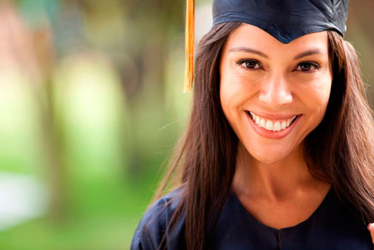 Latinas-More-LIkely-to-Finish-Higher-Education-Than-Latinos-MainPhoto