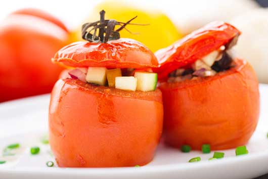 An Easy Recipe for Stuffed Tomatoes-MainPhoto
