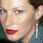 Classic-Lipsticks-of-the-Last-100-Years-MainPhoto