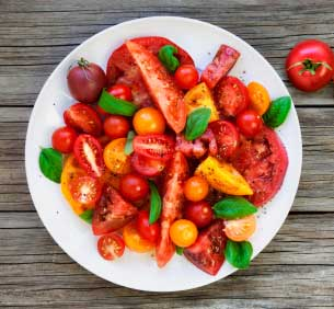 Heirloom Tomato & Toast Salad
