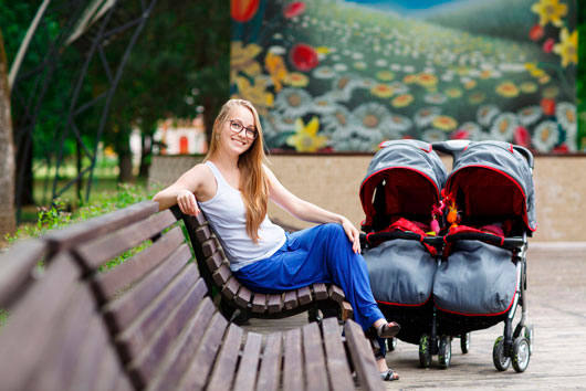 How-to-Travel-Alone-with-Your-Kids-MainPhoto
