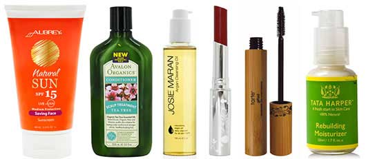 10 Harmful Ingredients in Your Cosmetics