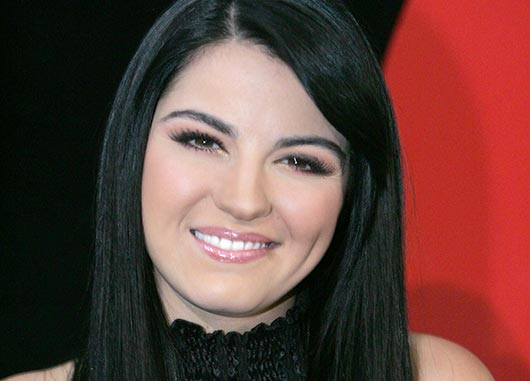 Maite-Perroni-Telenovela-Star-for-Breast-Cancer-Awareness-MainPhoto
