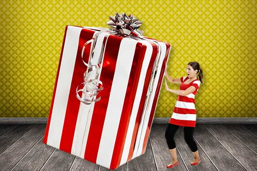 How to Pick the Perfect Christmas Gift-MainPhoto