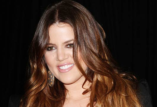 Khloe-Kardashians-New-Khroma-Beauty-Makeup-MainPhoto