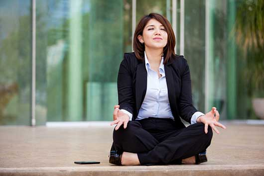 How to Practice Mindfulness; Meditation on the Go-MainPhoto