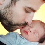 Shakira-&-Gerard-Pique-Post-First-Pic-of-Baby-Milan-MainPhoto