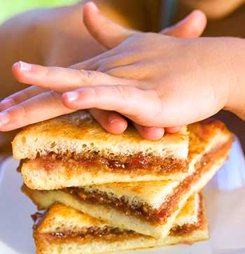 National PB&J Day: Peanut Butter & Jelly French Toast