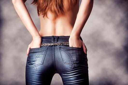 The-Bum-Lifter-Butt-Workout-MainPhoto