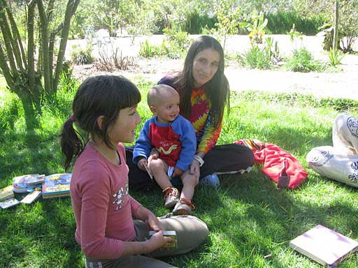 Andrea Echeverri spends quality time with Milagros and Jacinto.