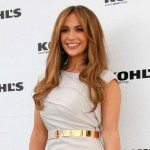 JLo-Multitasking-NUVOtv-American-Idol-&-A-New-Song-MainPhoto