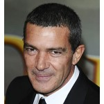 Jennifer-Lopez-to-star-with-Antonio-Banderas-MainPhoto