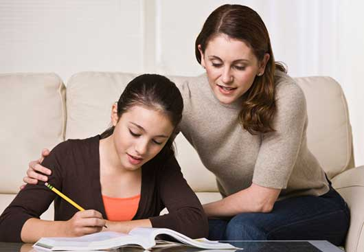 CollegeMami 8 Family Study Habits That Work-MainPhoto